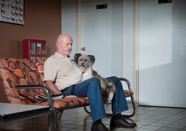 Mike Ehrmantraut et son chien